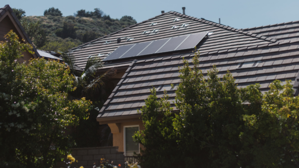 New Tesla solar panel 20 percent cheaper, 10 percent better