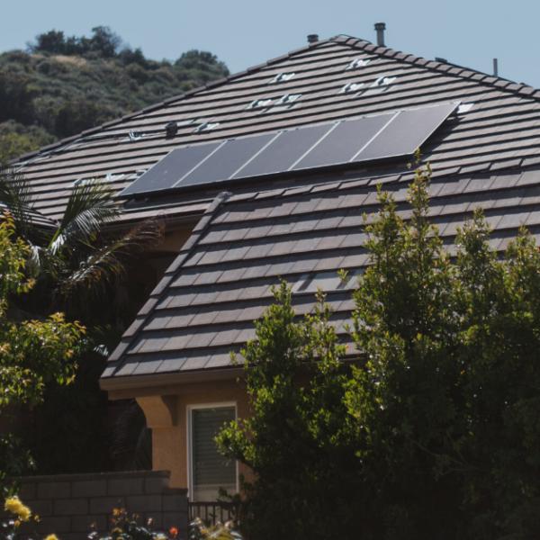 New Tesla solar panel 20 percent cheaper, 10 percent better